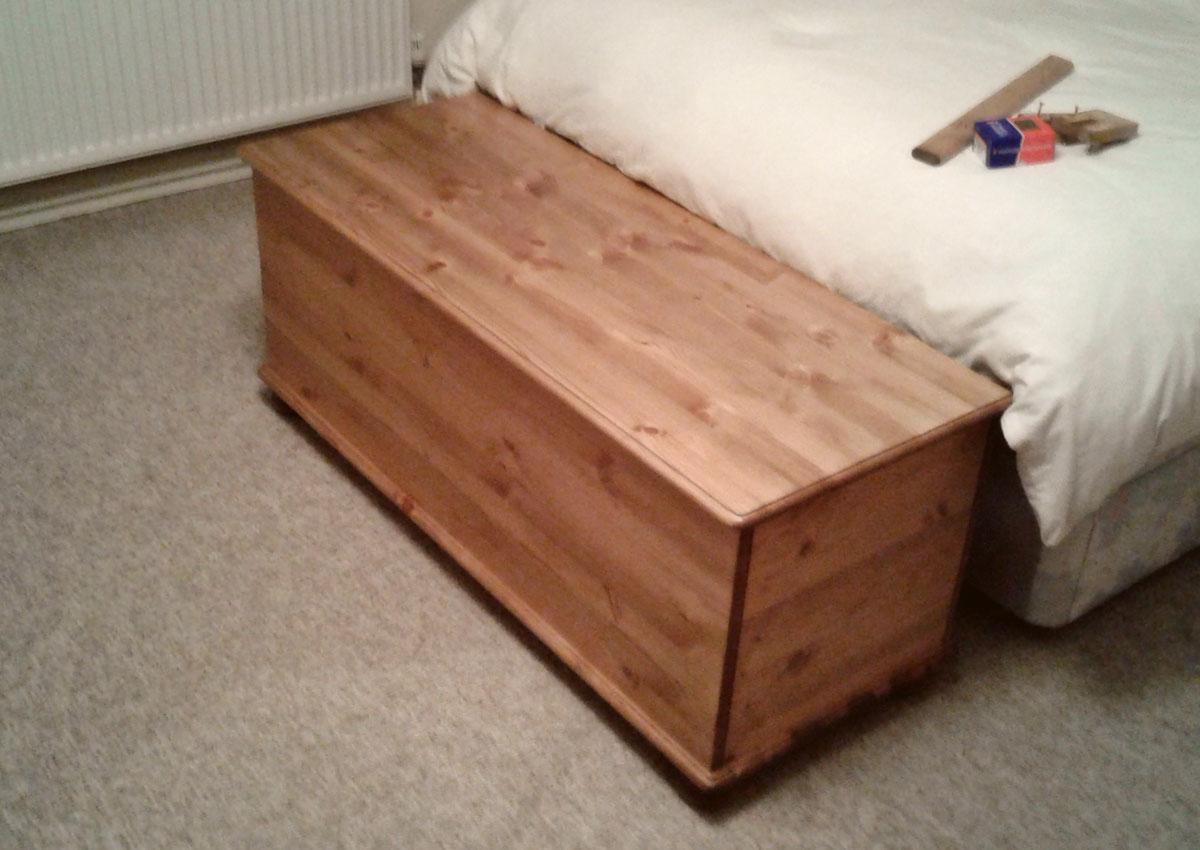 4ft Pine Blanket Box