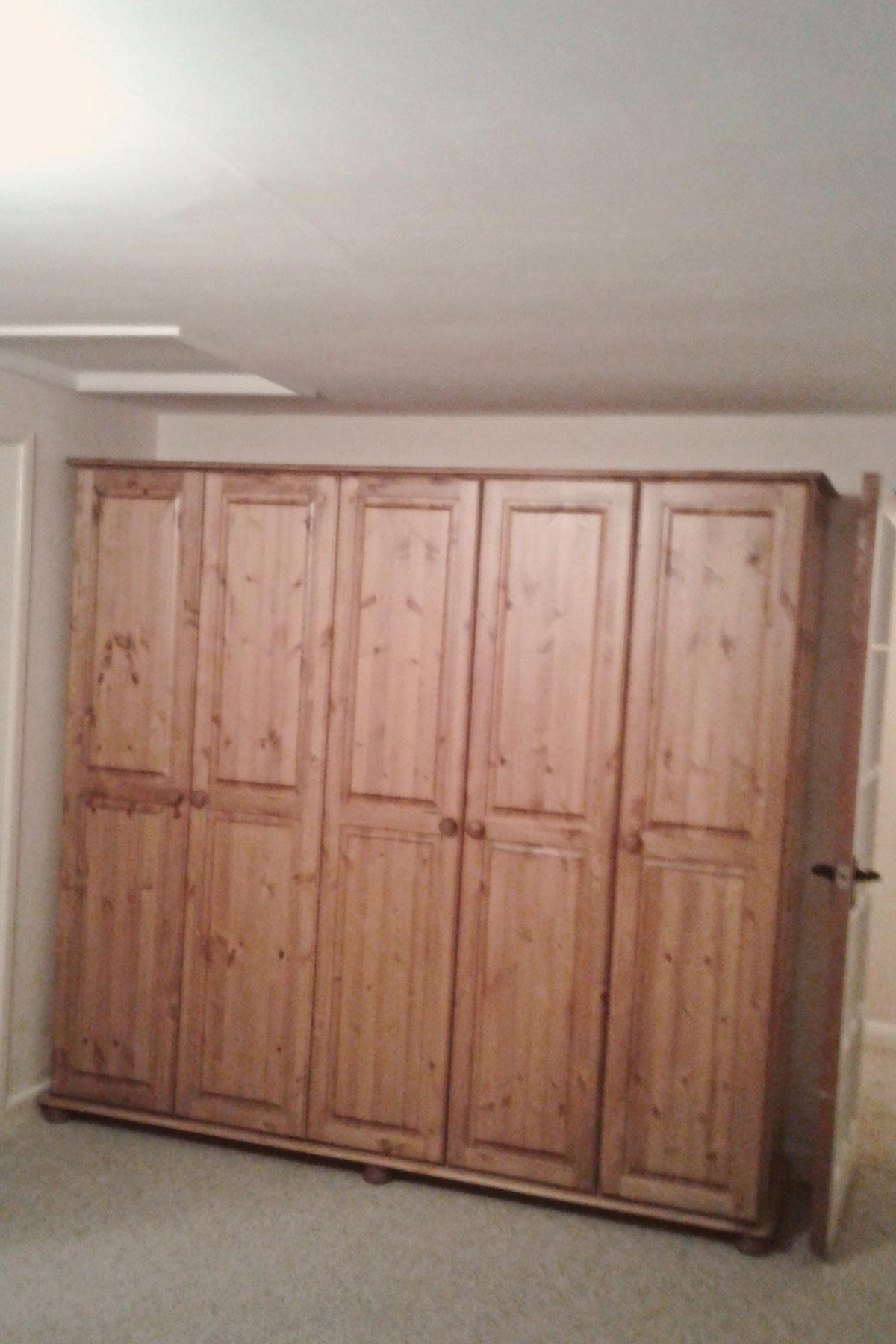 Large Pine Five Door Wardrobe