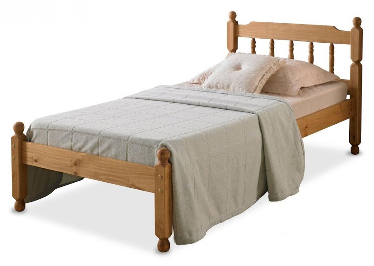 Colonial Style Spindle Bed