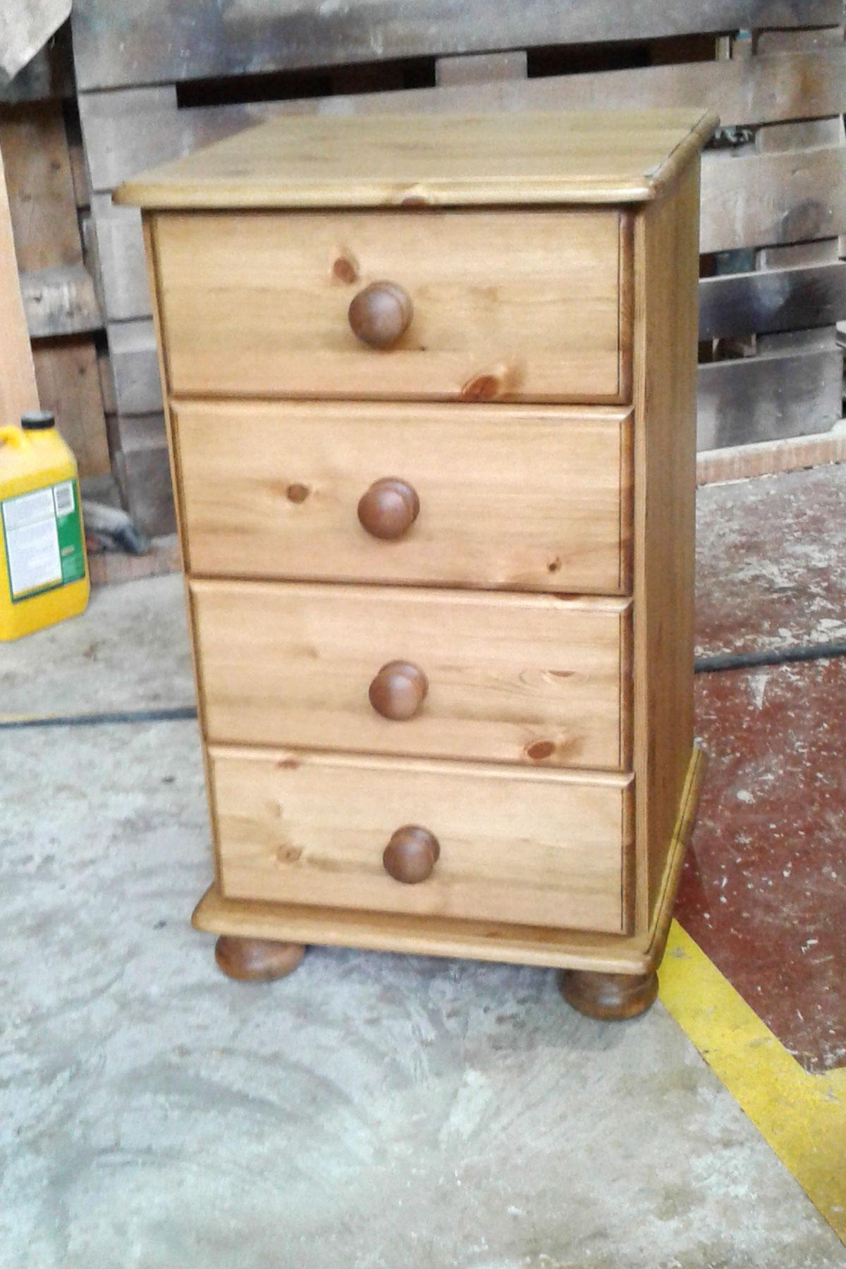 4 Drawer Pine Bedside Chest