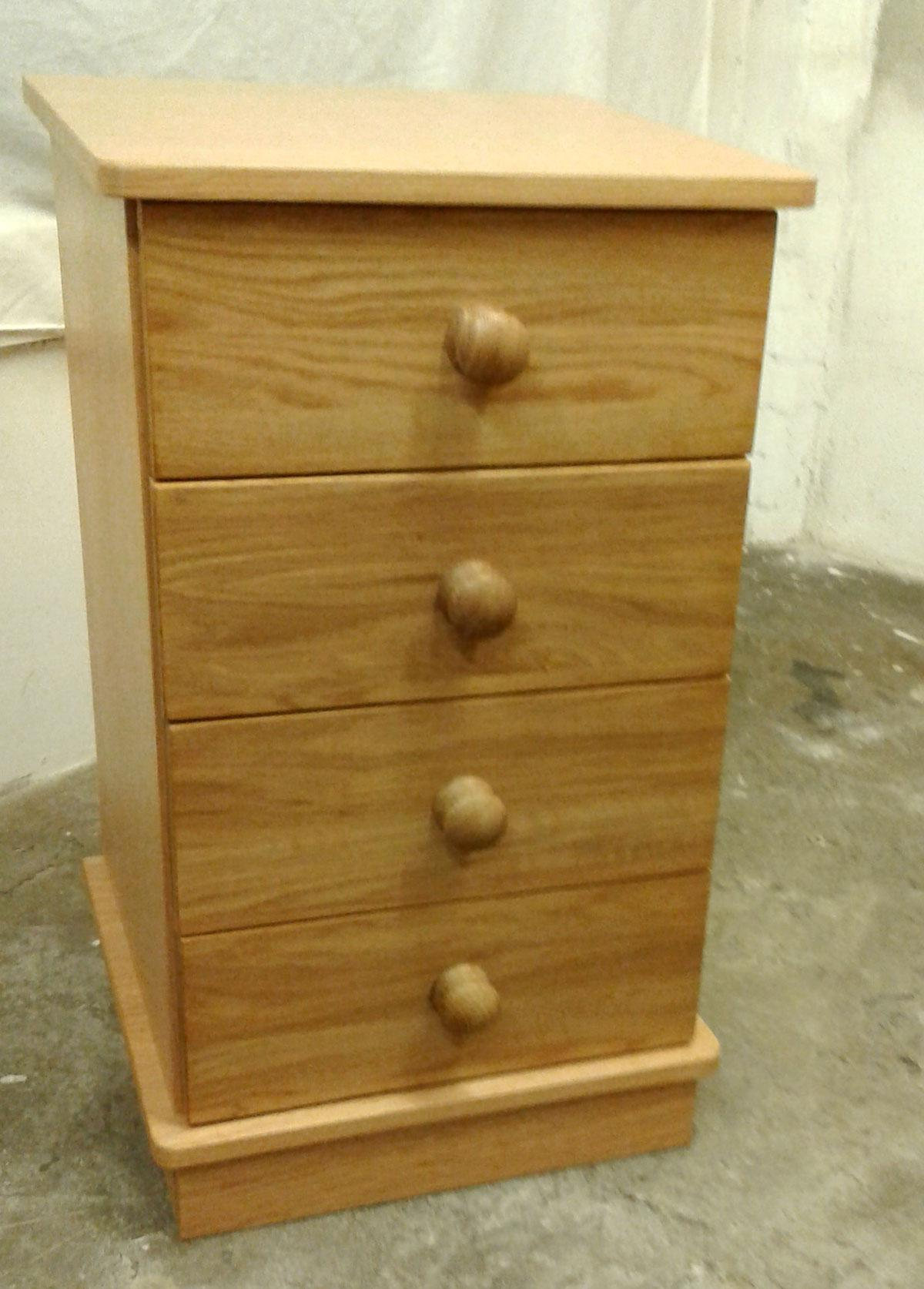 Exmoor Oak 4 Drawer Bedside Cabinet
