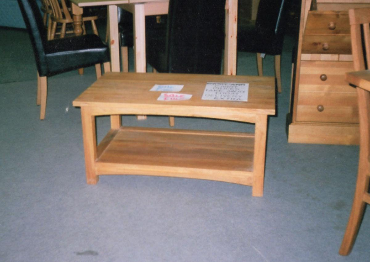 Oak Coffee Tables and Occasional Tables