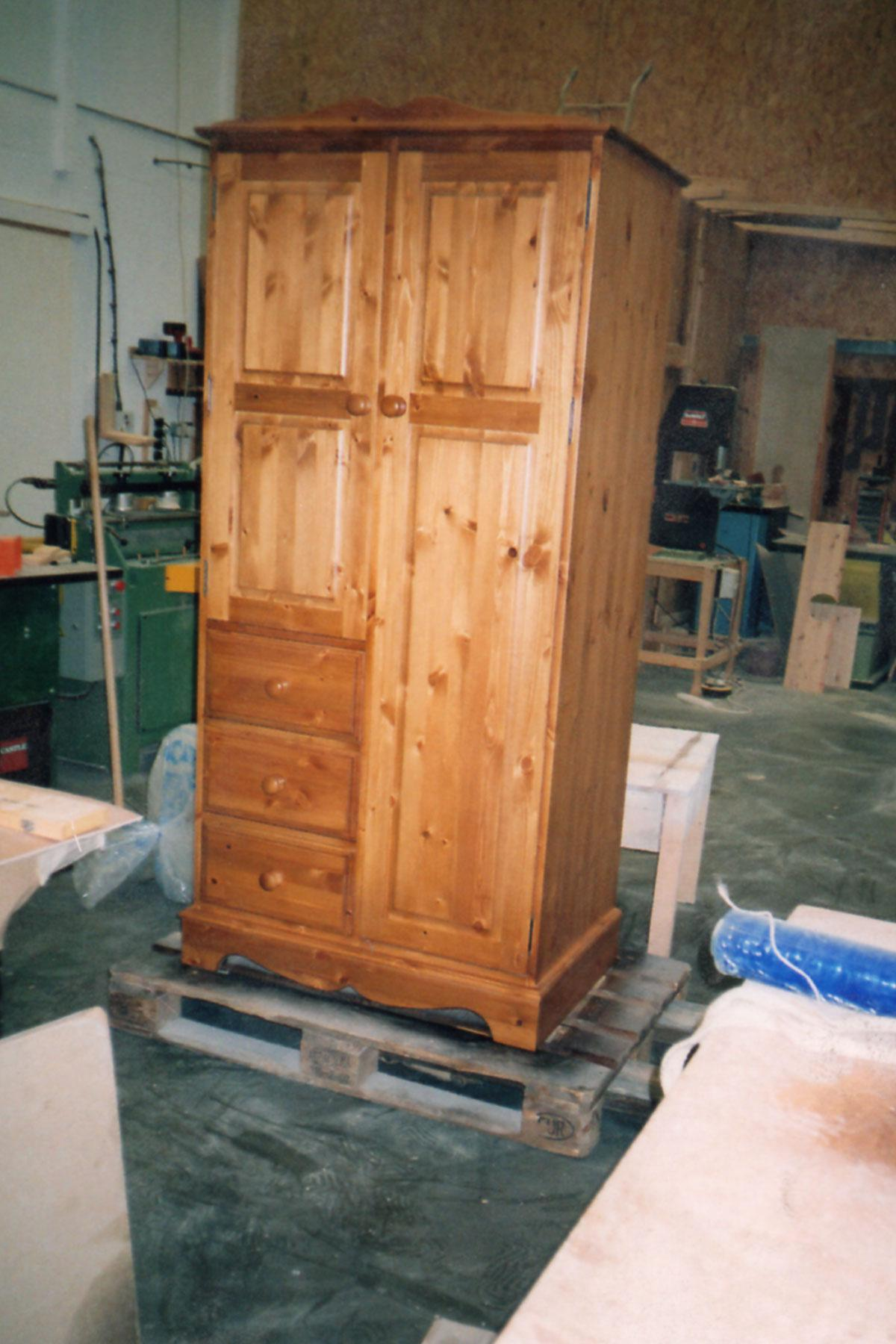Our collection of solid pine and oak wardrobes includes single, double and triple doors