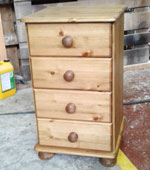 4 Drawer Pine Bedside Cabinets and Chests